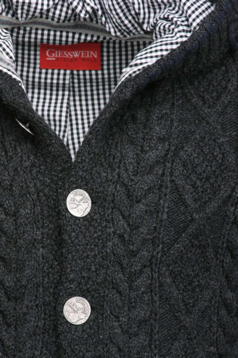 strickjacke mit kapuze grau strickjacken trendig jacken herren mia san tracht. Black Bedroom Furniture Sets. Home Design Ideas